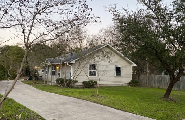 123 Wilson St - 123 Wilson Street, San Marcos, TX 78666