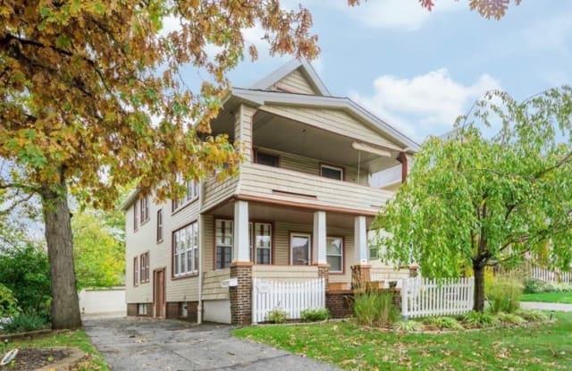 1551 Ridgewood Avenue - 1551 Ridgewood Avenue, Lakewood, OH 44107
