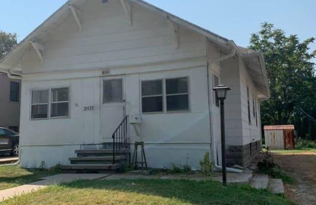2435 W street - 2435 W Street, Lincoln, NE 68503