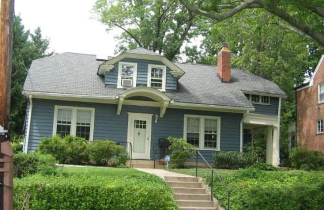 3905 WOODBINE ST - 3905 Woodbine Street, Chevy Chase, MD 20815