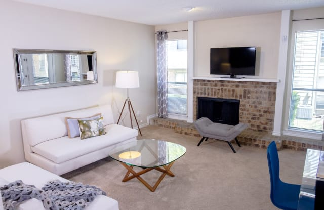 Chisholm Place - 1001 West Park Boulevard, Plano, TX 75075
