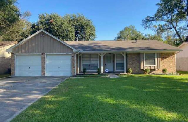 14207 Woodforest Boulevard - 14207 Woodforest Boulevard, Cloverleaf, TX 77015