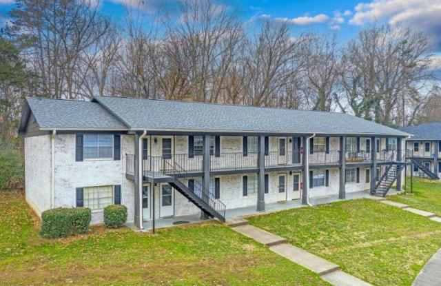 Scarlet Pointe - 180 Park Fairfax Drive, Charlotte, NC 28208