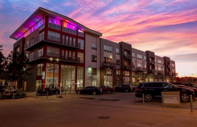 Park Avenue Lofts - 320 S University Ave, Little Rock, AR 72205
