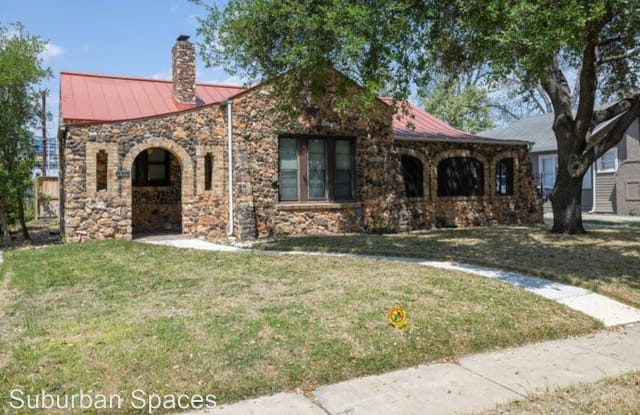 1615 W. Summit Ave - 1615 West Summit Avenue, San Antonio, TX 78201