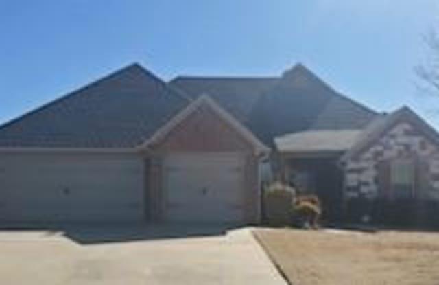3807  SW Roundstone  BLVD - 3807 Southwest Roundstone Boulevard, Bentonville, AR 72713
