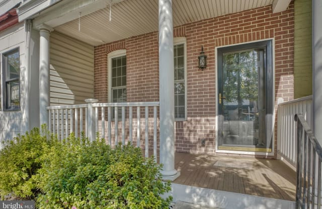 818 W 36TH STREET - 818 West 36th Street, Baltimore, MD 21211