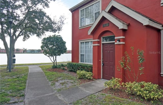 9120 LAKE CHASE ISLAND WAY - 9120 Lake Chase Island Way, Westchase, FL 33626
