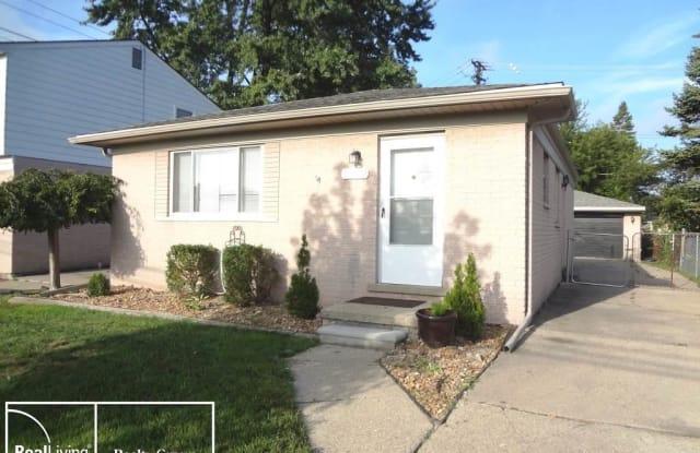 32829 WARKOP - 32829 Warkop Avenue, Warren, MI 48093