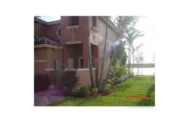 948 Southwest 144th Avenue - 948 Southwest 144th Avenue, Pembroke Pines, FL 33027