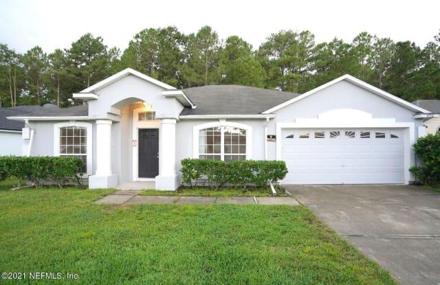 1752 GLEN LAUREL DR - 1752 Glen Laurel Drive, Lakeside, FL 32068