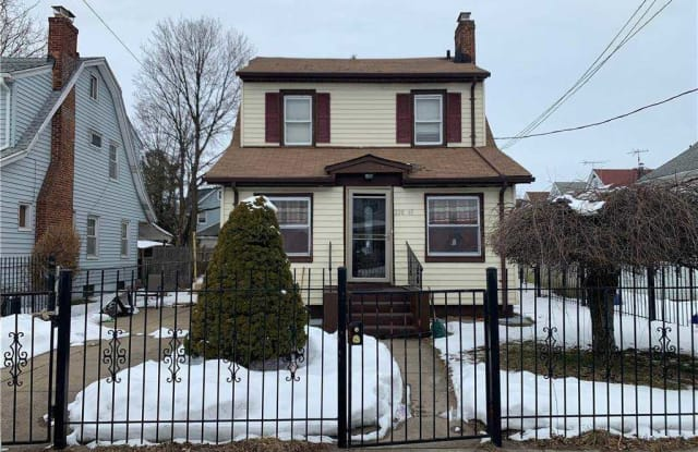 220-43 93rd Road - 220-43 93rd Road, Queens, NY 11428