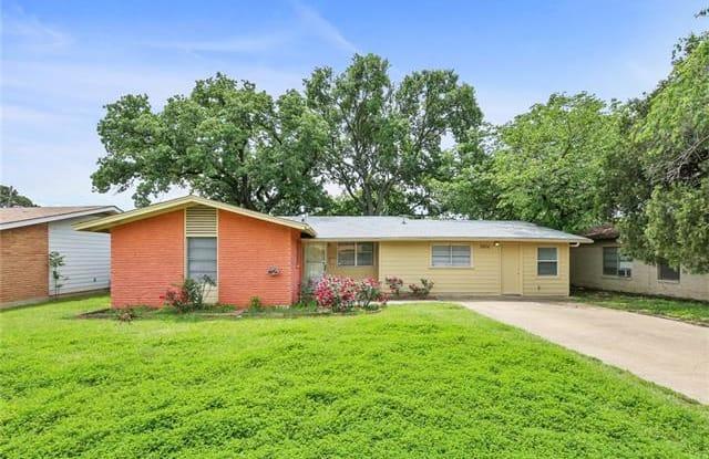 2816 Vassar Drive - 2816 Vassar Drive, Irving, TX 75062