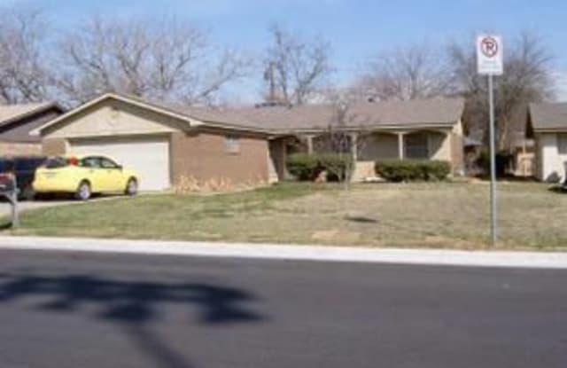 1224 Crescent Street - 1224 Crescent Street, Denton, TX 76201