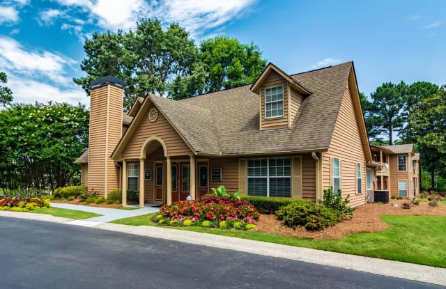 Oakley Run Apartments - 4911 S Cobb Dr, Smyrna, GA 30080