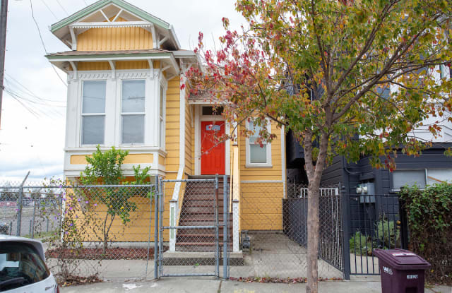 903 Pine St - 903 Pine Street, Oakland, CA 94607