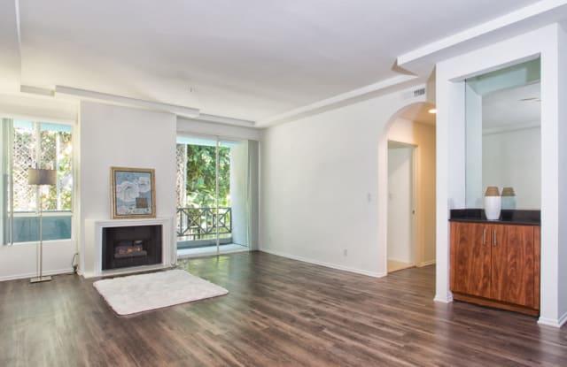 5015 Clinton Apartments - 5015 Clinton Street, Los Angeles, CA 90004