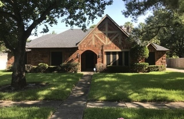 14315 Long Shadow Drive - 14315 Long Shadow Drive, Cloverleaf, TX 77015