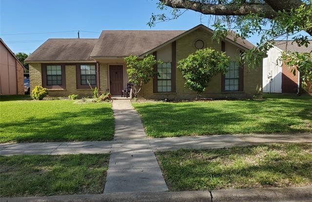 5620 Painter Street - 5620 Painter Street, The Colony, TX 75056