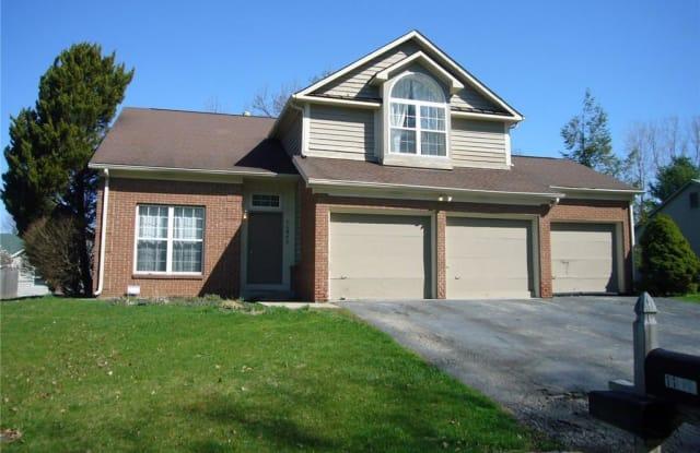 11842 Laurel Oaks Drive - 11842 Laurel Oak Drive, Lawrence, IN 46236
