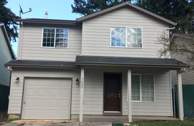 3822 SE 117th Place - 3822 Southeast 117th Place, Portland, OR 97266
