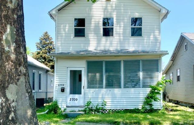 2709 6th Ave. - 2709 6th Avenue, Rock Island, IL 61201