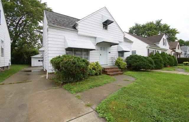 16009 Edgewood Avenue - 16009 Edgewood Avenue, Maple Heights, OH 44137