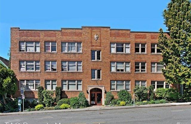 4235 Brooklyn Ave NE #201 - 4235 Brooklyn Avenue Northeast, Seattle, WA 98105