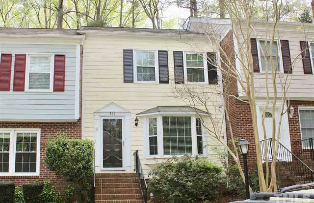 211 Barbary Court - 211 Barbary Court, Cary, NC 27511