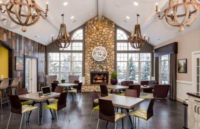 Auburn Gate Apartments - 100 Lake Village Blvd, Auburn Hills, MI 48326