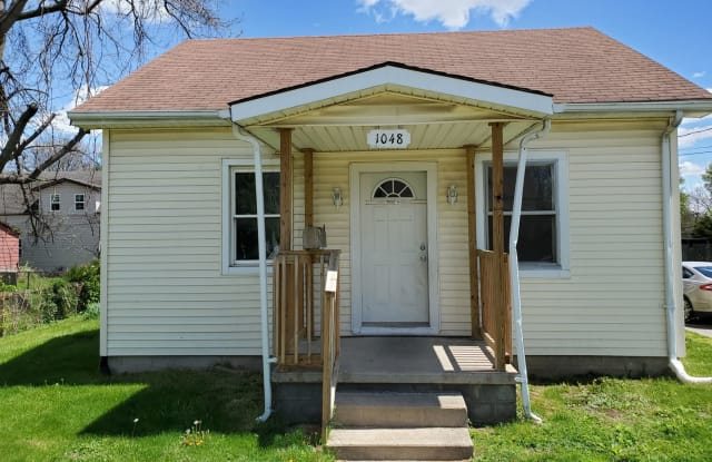 1048 Indiana Ave - 1048 Indiana Avenue, Anderson, IN 46012