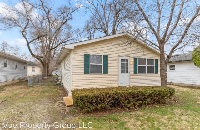 2626 E 72nd Street - 2626 East 72nd Street, Indianapolis, IN 46240