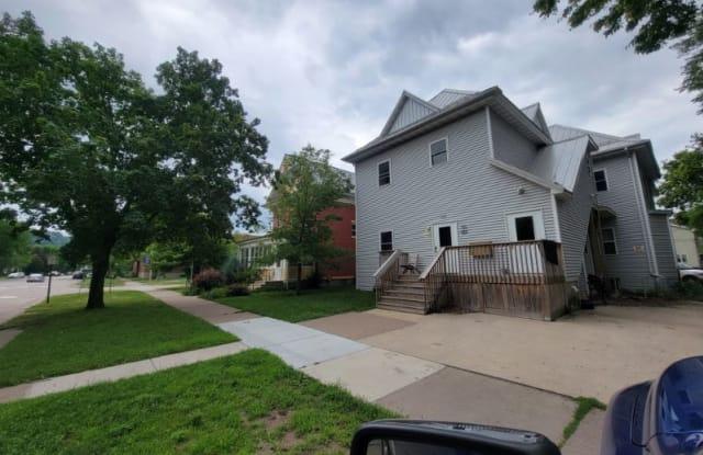 373 Main St - 373 Main Street, Winona, MN 55987