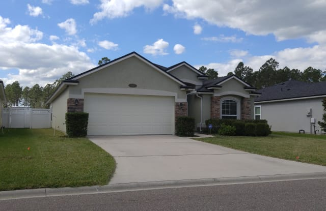 547 GLENDALE LN - 547 Glendale Ln, Oakleaf Plantation, FL 32065