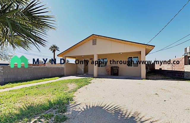 11620 N 80th Ave - 11620 North 80th Avenue, Peoria, AZ 85345