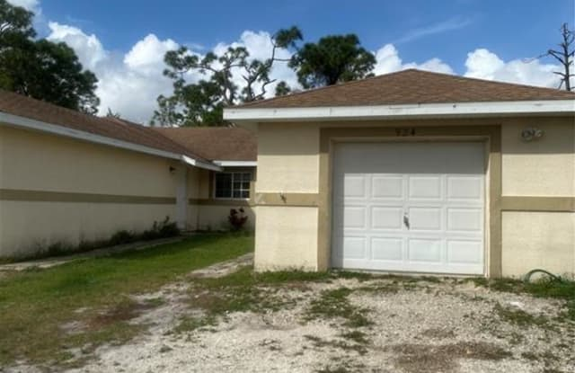 924 Eisenhower BLVD - 924 Eisenhower Blvd, Lehigh Acres, FL 33974