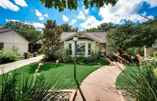 2536 Walsh Court - 2536 Walsh Court, Fort Worth, TX 76109