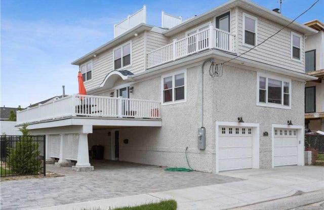 44 Buxton Street - 44 Buxton Street, Lido Beach, NY 11561