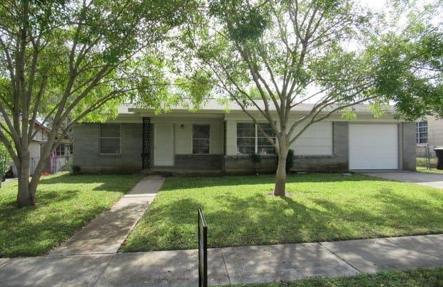 610 E RECTOR ST - 610 East Rector, San Antonio, TX 78216