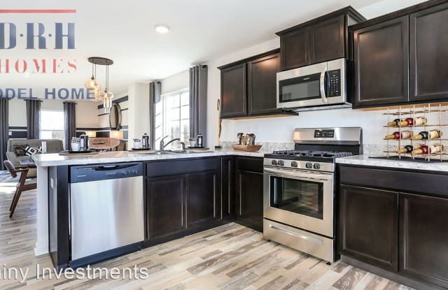2311 Upland Rd - 2311 Upland Rd, Kane County, IL 60140