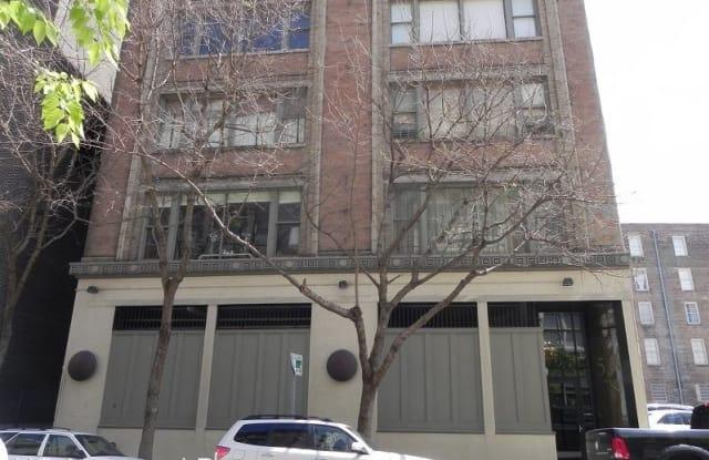 528 Baronne St #302 - 528 Baronne Street, New Orleans, LA 70113