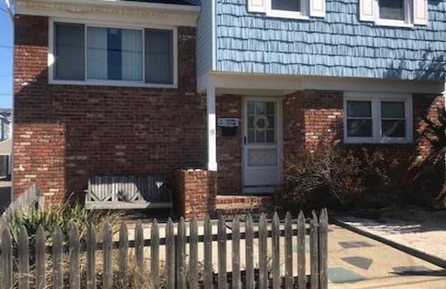 9 Bryn Mawr Avenue - 9 Bryn Mawr Avenue, Lavallette, NJ 08735