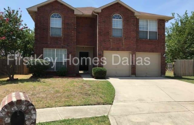 5704 Creekhollow Drive - 5704 Creekhollow Drive, Arlington, TX 76018