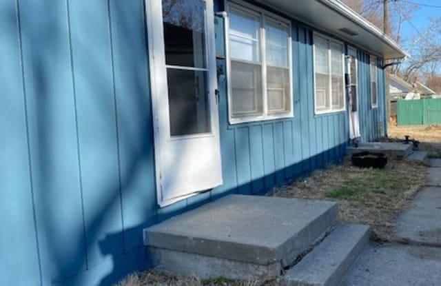 721 S Boeke - 721 South Boeke Street, Kansas City, KS 66105
