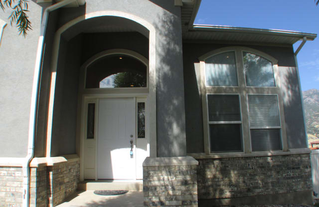 2076 E View Dr - 2076 East View Drive, South Weber, UT 84405