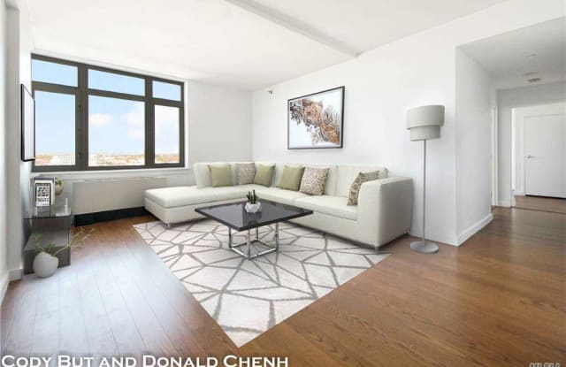 40-26 College Point Bl - 4026 College Point Blvd, Queens, NY 11354