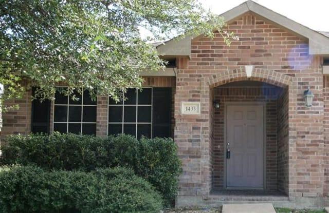 1433 Kramer Court - 1433 Kramer Court, Burleson, TX 76028