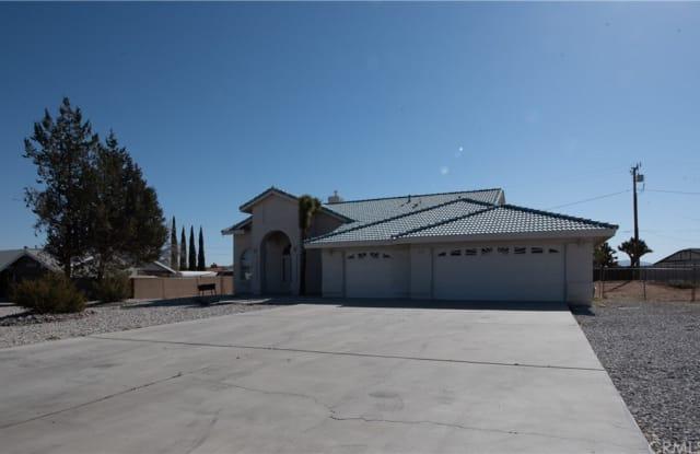 13821 Okesa Road - 13821 Okesa Road, Apple Valley, CA 92307