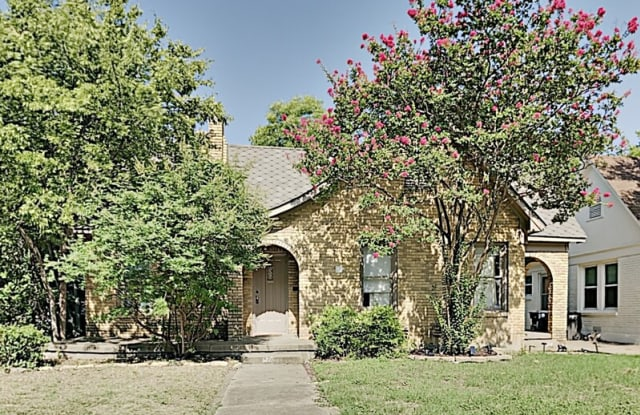 3213 Greene Ave - 3213 Greene Avenue, Fort Worth, TX 76109