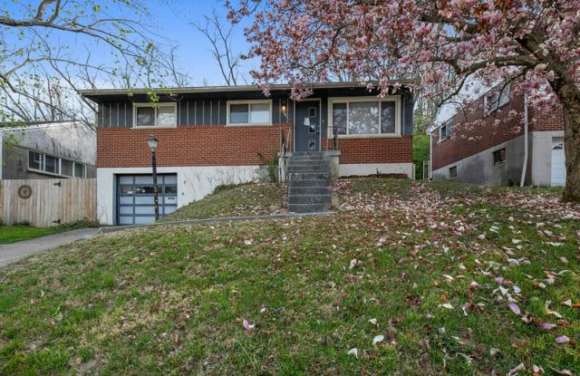 2207 Joyce Ave - 2207 Joyce Avenue, Newport, KY 41071